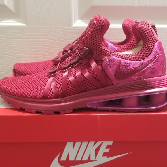 0c90d86f1e7 Nike Shox Gravity Red Crush Wild Cherry Shoes